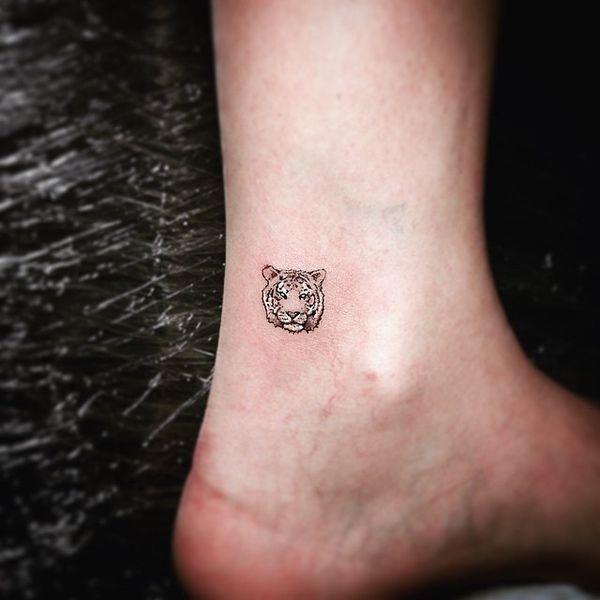 Hamsa Hand Tattoo Designs (237)