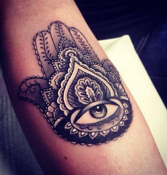 Hamsa Hand Tattoo Designs (49)