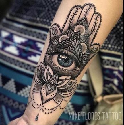 Hamsa Hand Tattoo Designs (85)
