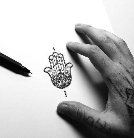 Hamsa Hand Tattoo Designs (86)