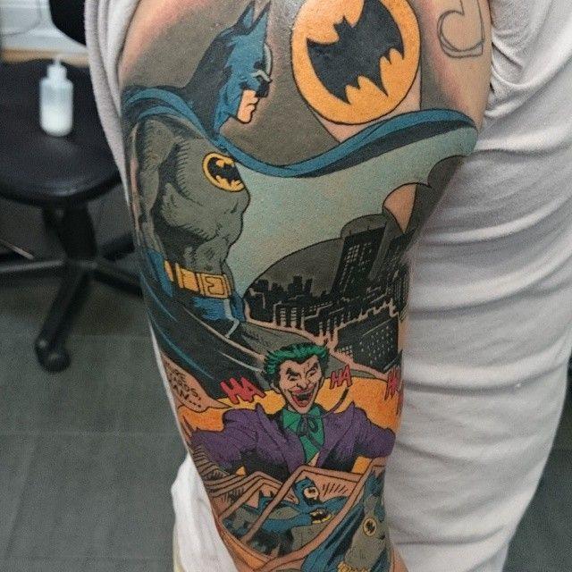 Simple Small Batman Tattoo Designs Ideas (102)