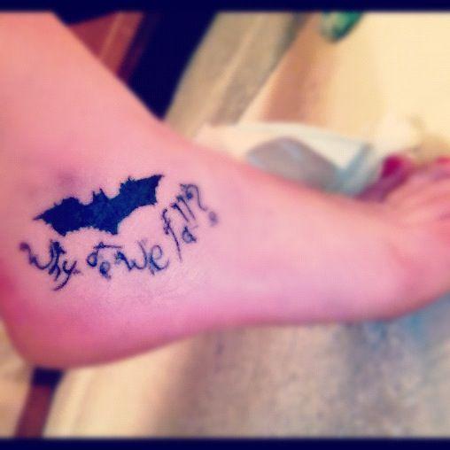 Simple Small Batman Tattoo Designs Ideas (135)