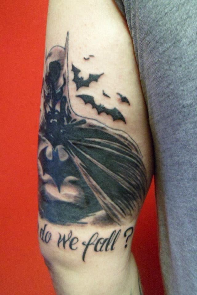 Simple Small Batman Tattoo Designs Ideas (176)
