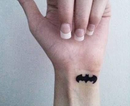 Simple Small Batman Tattoo Designs Ideas (49)