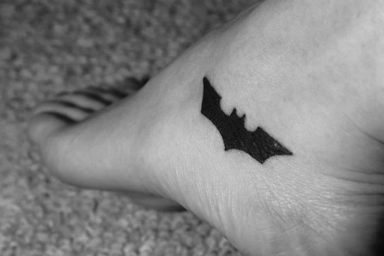 Simple Small Batman Tattoo Designs Ideas (50)