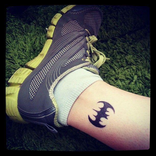 Simple Small Batman Tattoo Designs Ideas (74)