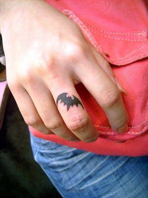 Simple Small Batman Tattoo Designs Ideas (83)