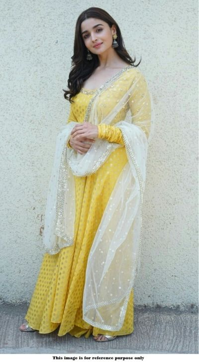Bollywood Actress Dresses Online Shopping (102)