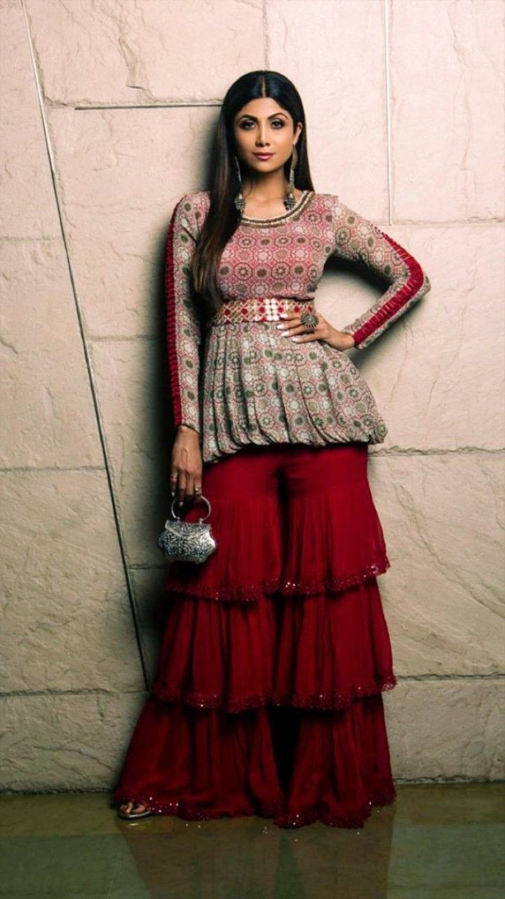 Bollywood Actress Dresses Online Shopping (106)