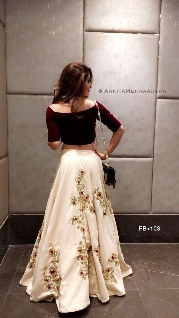 Bollywood Actress Dresses Online Shopping (110)
