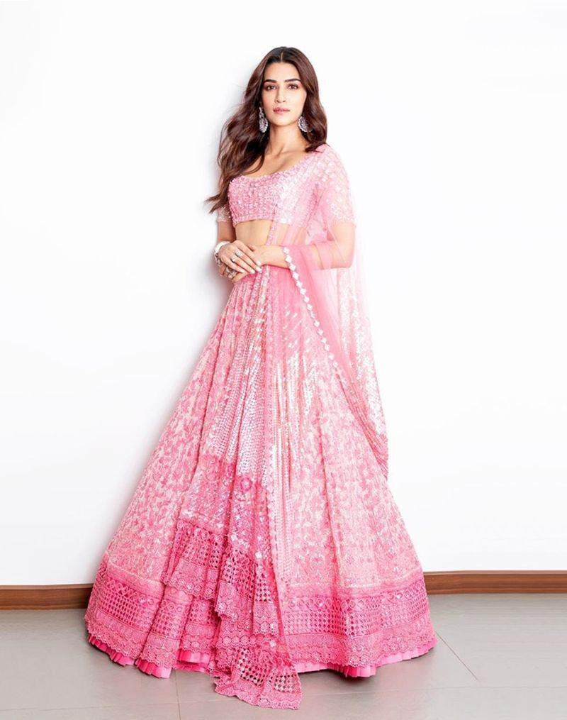 Bollywood Actress Dresses Online Shopping (12)