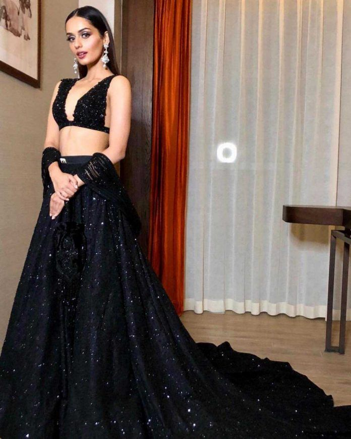 Bollywood Actress Dresses Online Shopping (131)