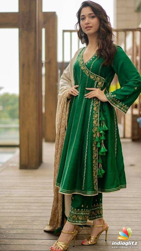 Bollywood Actress Dresses Online Shopping (133)