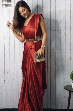 Bollywood Actress Dresses Online Shopping (135)