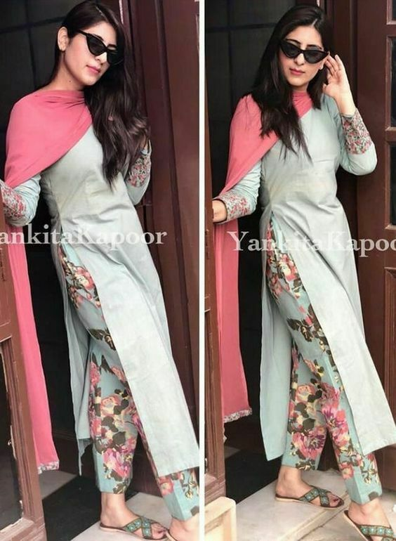 Bollywood Actress Dresses Online Shopping (145)