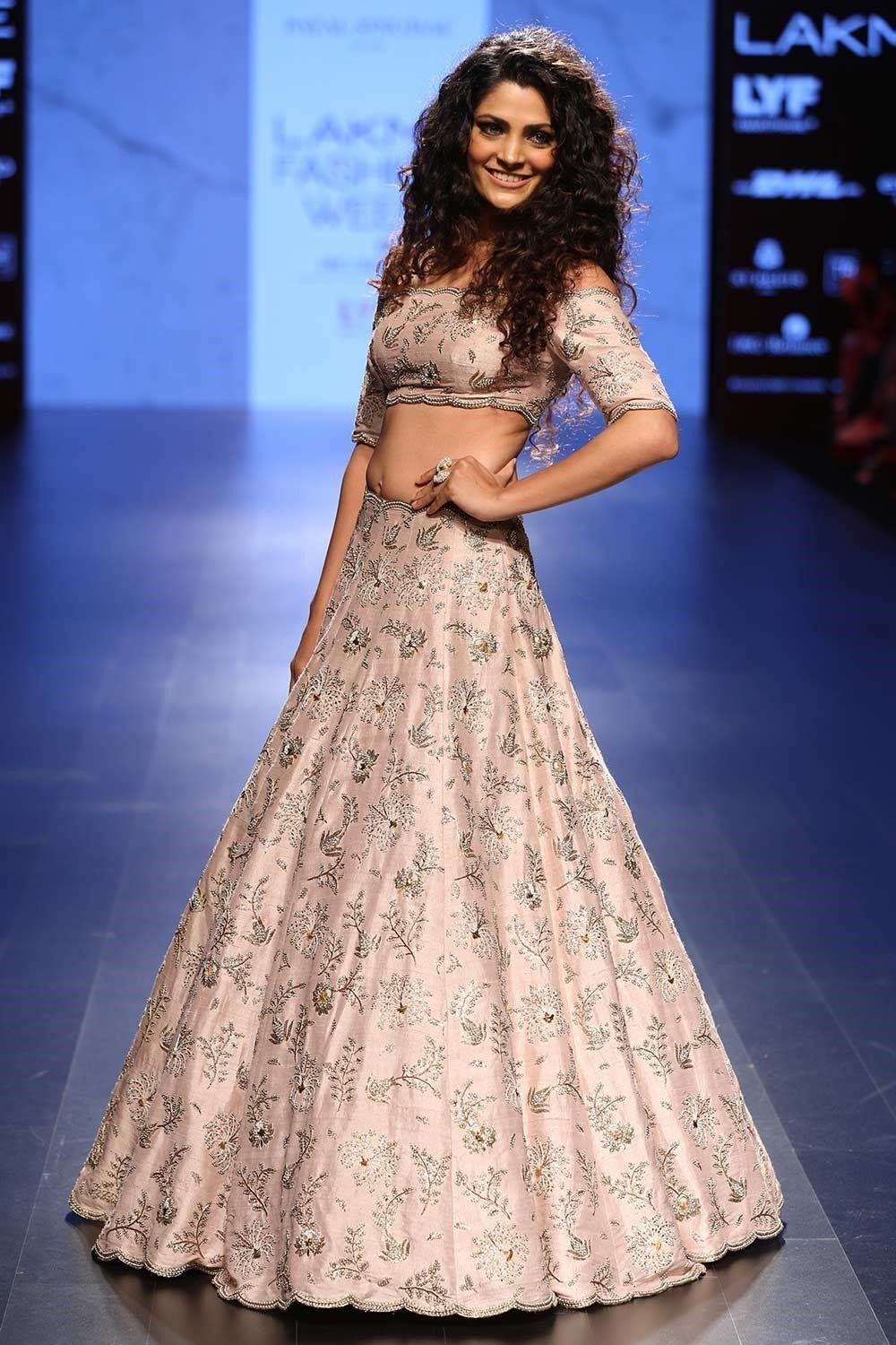 Bollywood Actress Dresses Online Shopping (147)