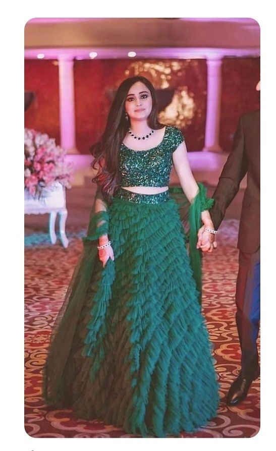 Bollywood Actress Dresses Online Shopping (148)