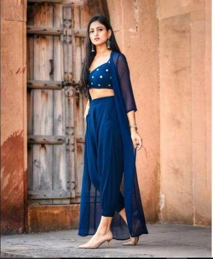 Bollywood Actress Dresses Online Shopping (149)
