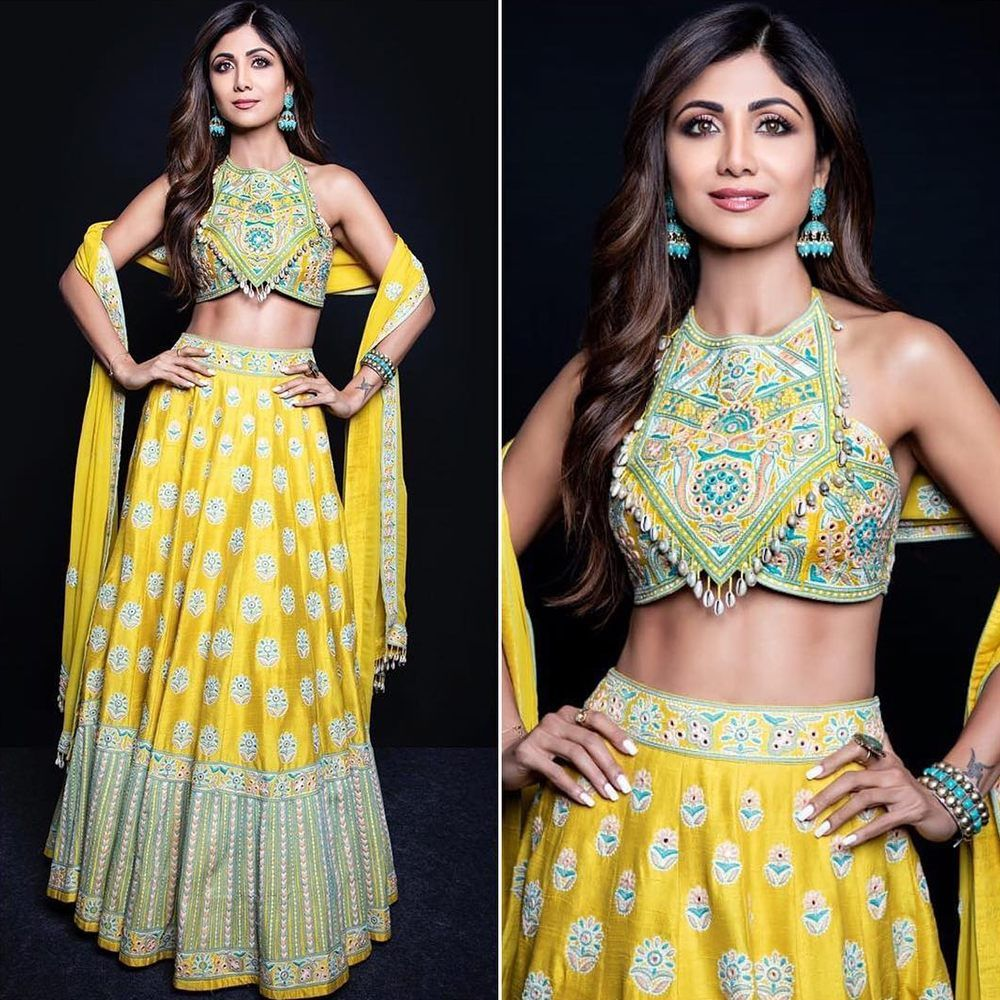 Bollywood Actress Dresses Online Shopping (160)