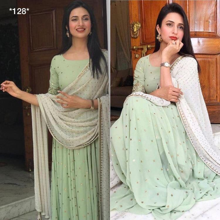 Bollywood Actress Dresses Online Shopping (162)