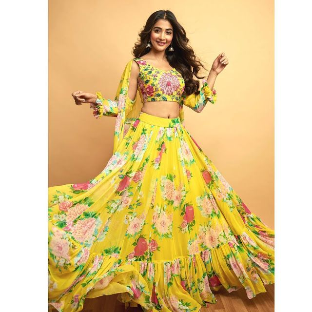 Bollywood Actress Dresses Online Shopping (210)