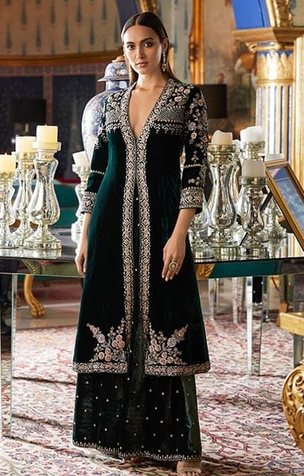 Bollywood Actress Dresses Online Shopping (214)