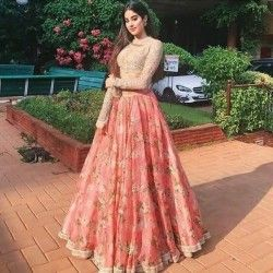 Bollywood Actress Dresses Online Shopping (215)