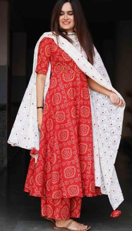 Bollywood Actress Dresses Online Shopping (221)