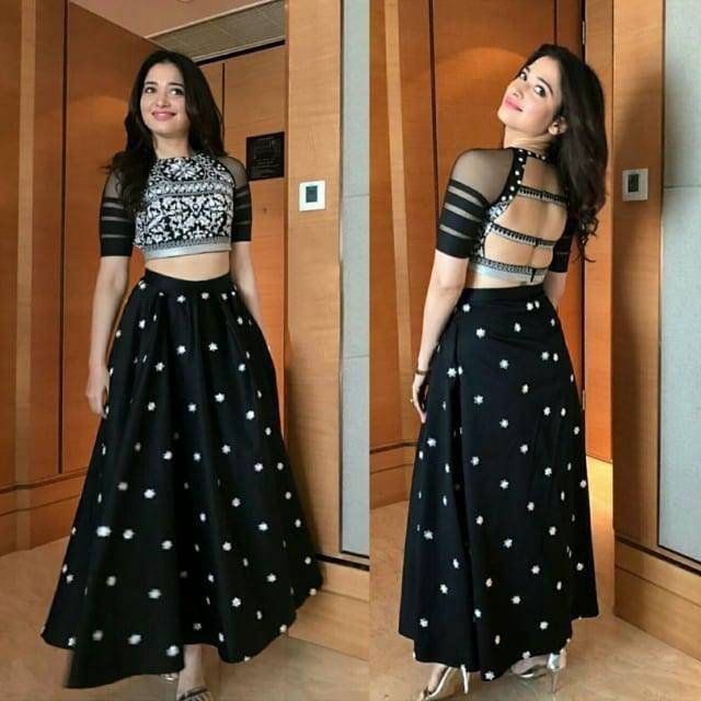 Bollywood Actress Dresses Online Shopping (222)
