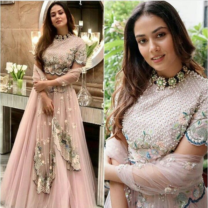 Bollywood Actress Dresses Online Shopping (223)