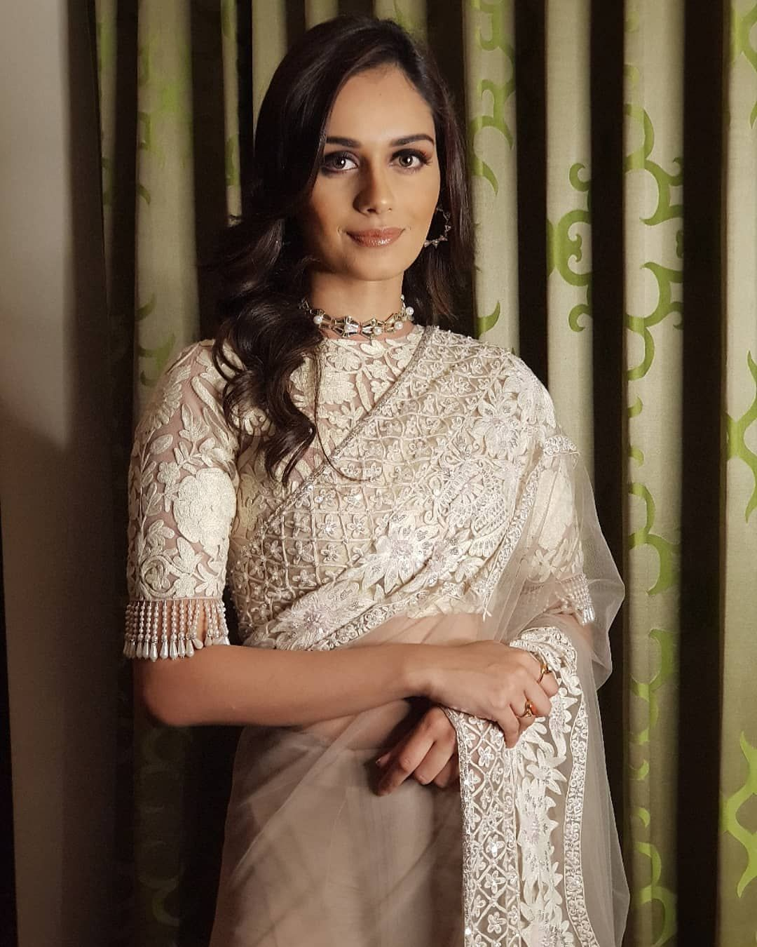 Bollywood Actress Dresses Online Shopping (230)