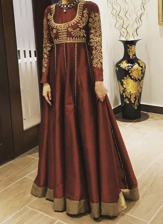 Bollywood Actress Dresses Online Shopping (234)