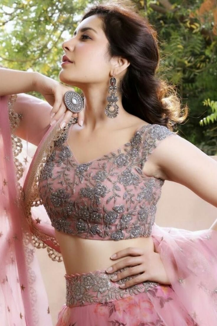 Bollywood Actress Dresses Online Shopping (3)