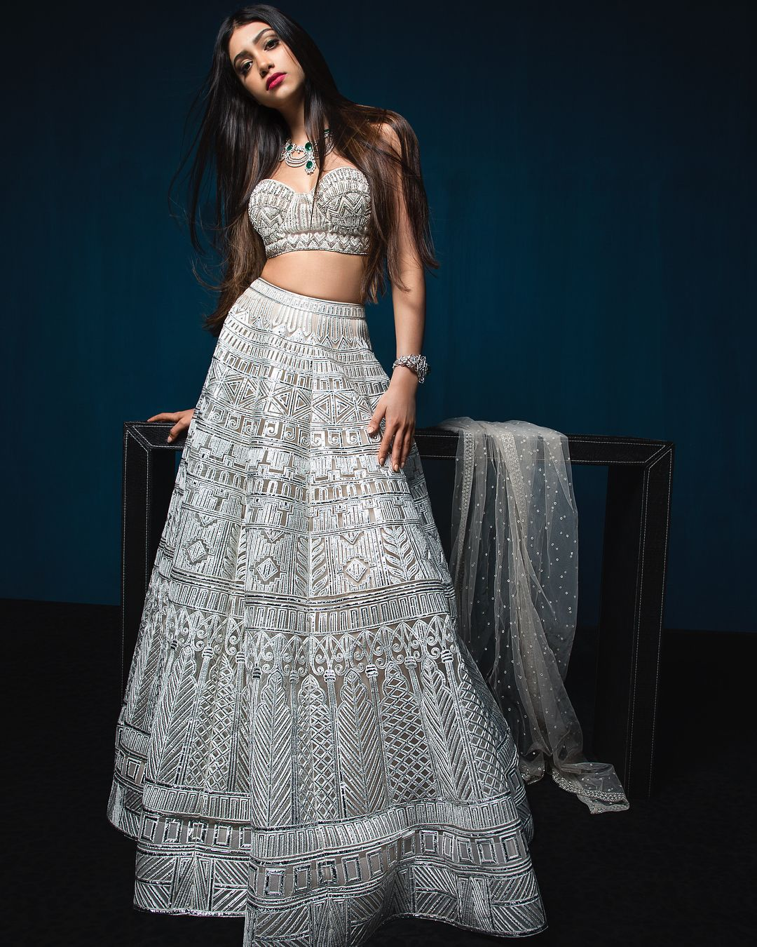 Bollywood Actress Dresses Online Shopping (31)