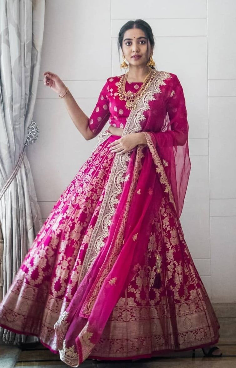 Bollywood Actress Dresses Online Shopping (43)