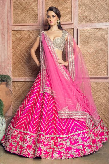 Bollywood Actress Dresses Online Shopping (48)