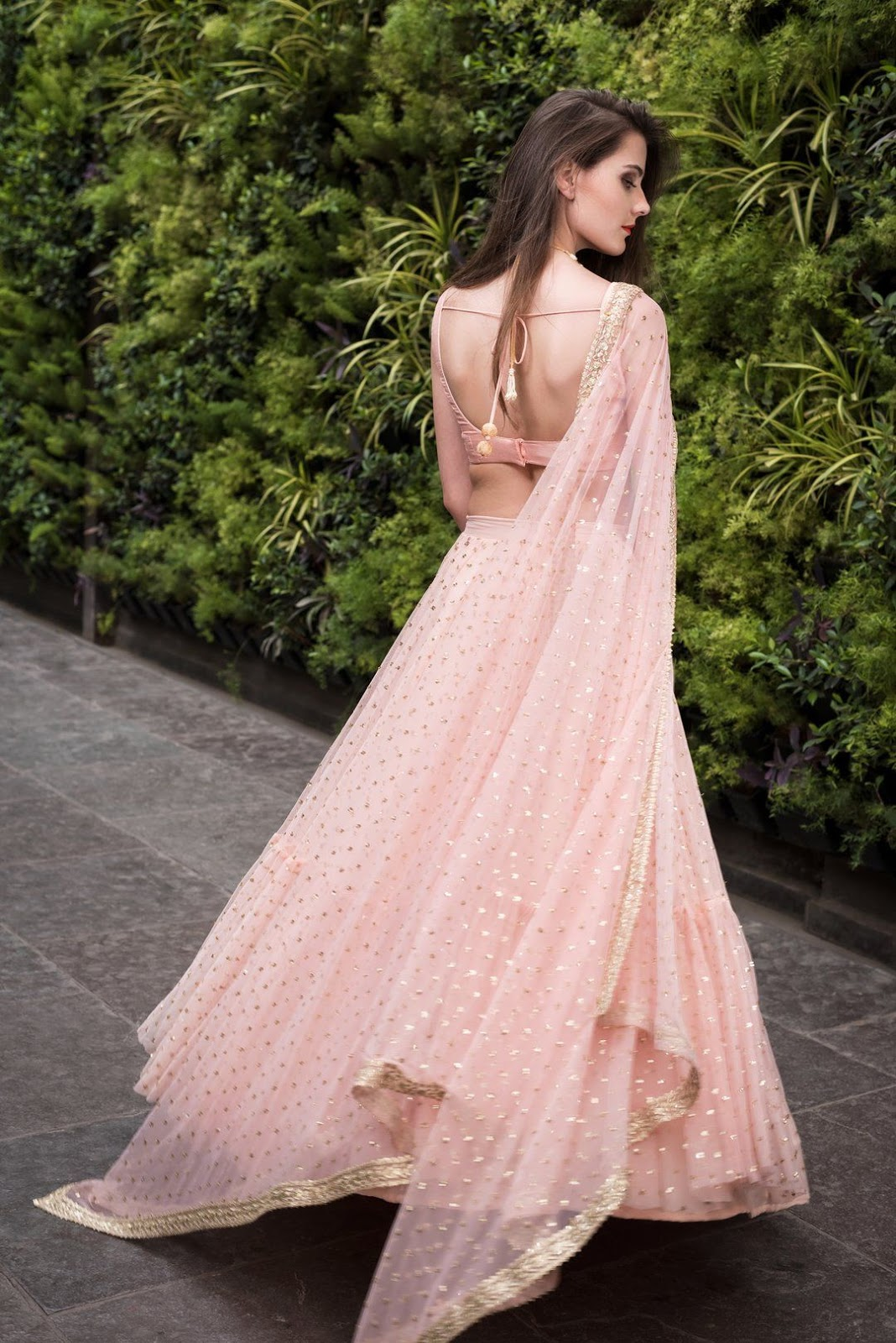 Bollywood Actress Dresses Online Shopping (55)