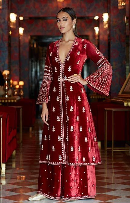 Bollywood Actress Dresses Online Shopping (65)