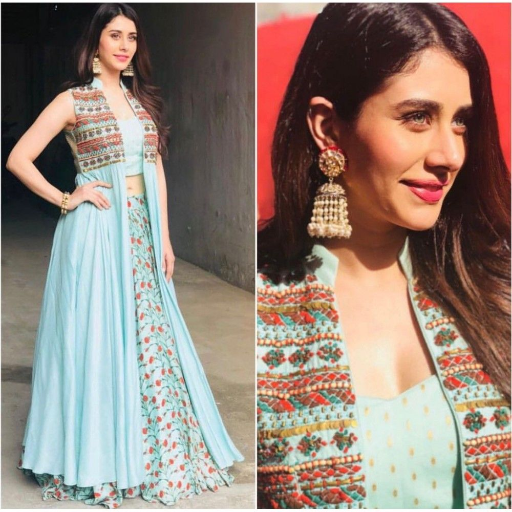 Bollywood Actress Dresses Online Shopping (67)