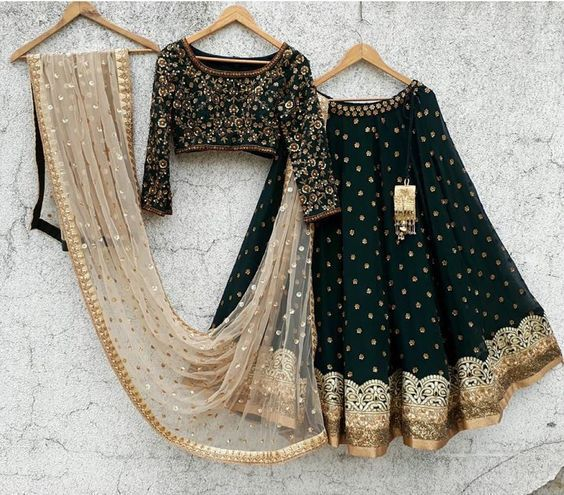 Bollywood Actress Dresses Online Shopping (71)