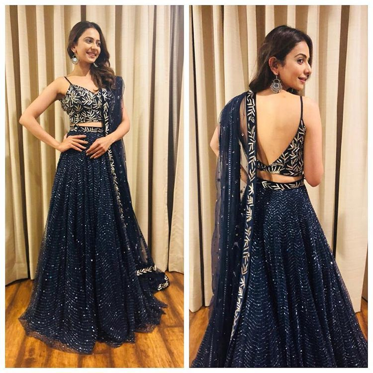 Bollywood Actress Dresses Online Shopping (75)