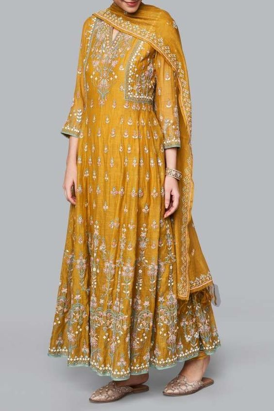 Bollywood Actress Dresses Online Shopping (79)
