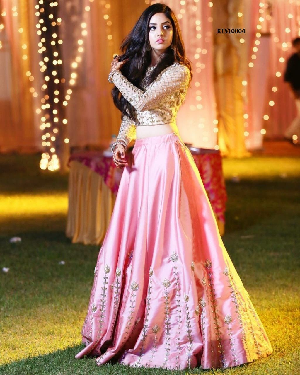Bollywood Actress Dresses Online Shopping (8)