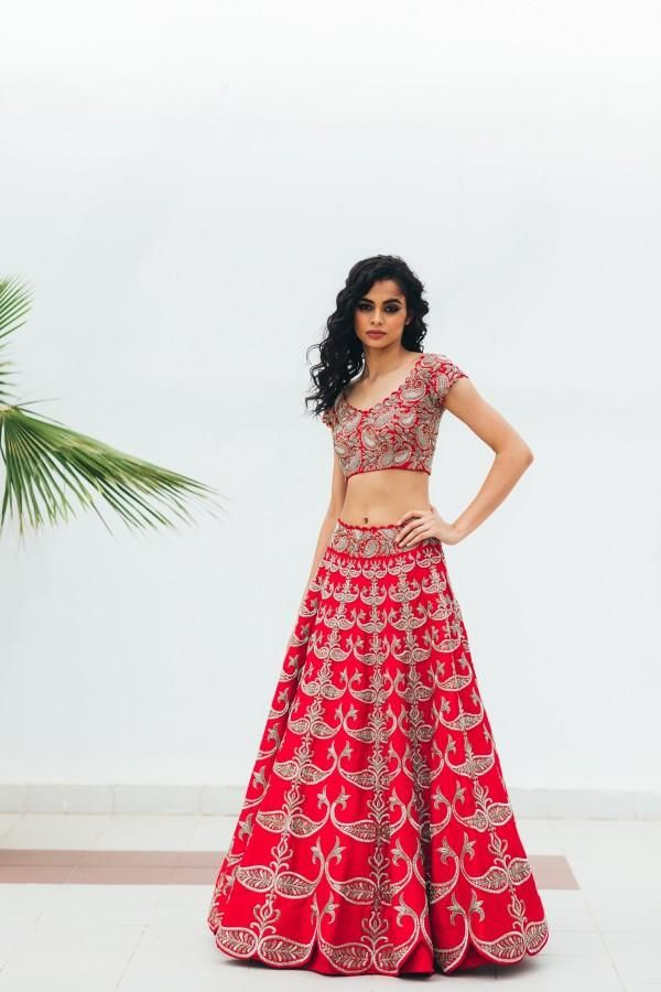 Bollywood Actress Dresses Online Shopping (85)