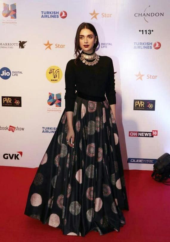 Bollywood Actress Dresses Online Shopping (97)