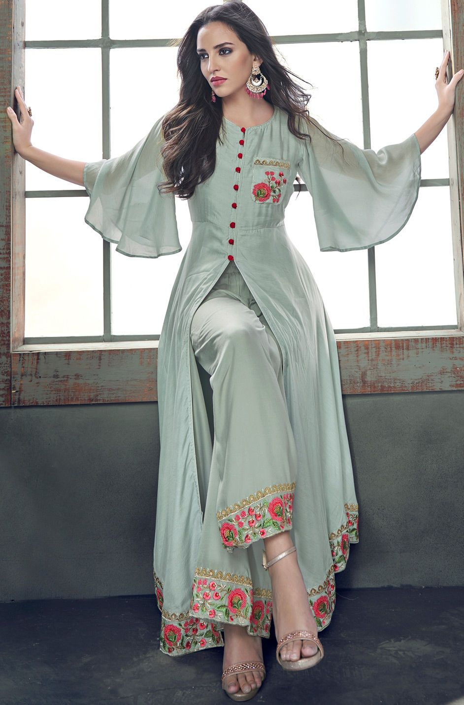 Bollywood Actress Dresses Online Shopping (99)