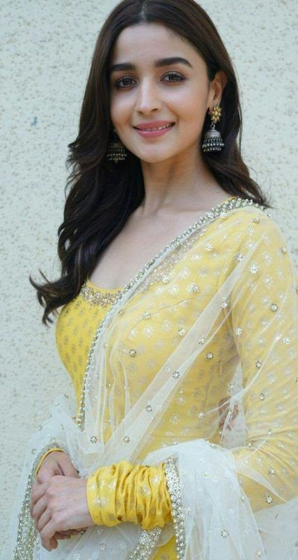 bollywood actress dresses online shopping