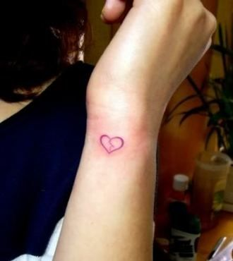 Broken Heart Tattoo Design Meaning (33)
