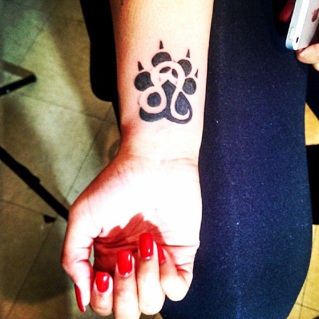 Leo Zodiac Horoscope Sign Symbol Tattoo Designs (100)