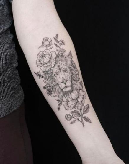 Leo Zodiac Horoscope Sign Symbol Tattoo Designs (130)